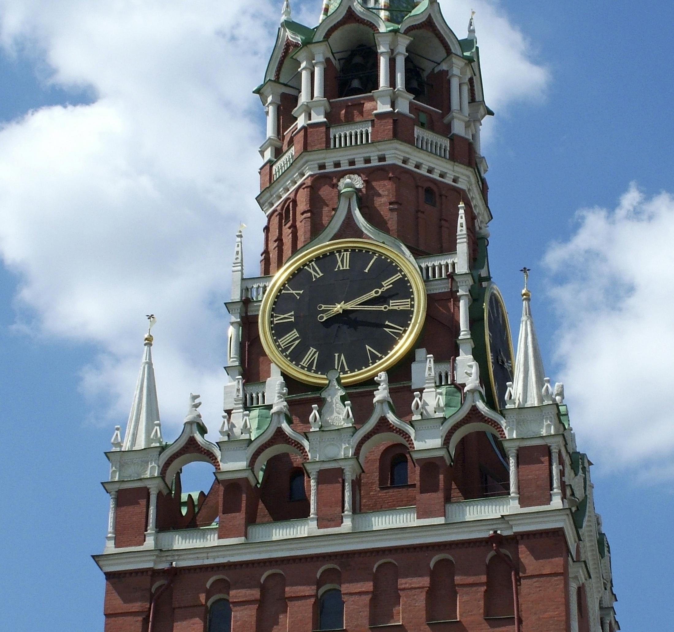 Спасская башня в Кремле+
